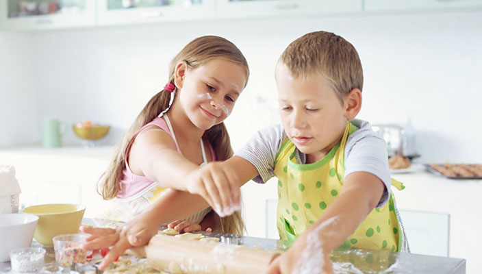 Top Tips for Cooking with Kids, Healthy Cooking Activities ...